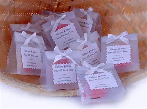 favors for wedding guests ideas wedding favors ideas wedding favors gifts flowers bridal