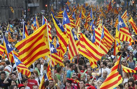 barcelona independence farewell spain catalan independence march sends huge