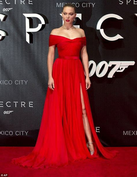 lea seydoux dress spectre lace best 25 spectre lea seydoux ideas on pinterest lea