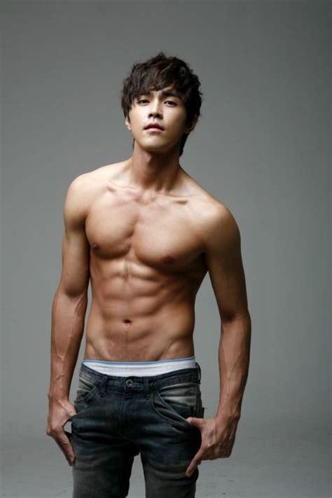 asian men crowns are thin do yeseong daze47 korean men pinterest fitness
