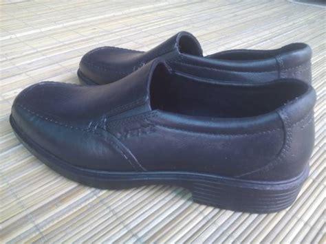 Sandal Karet Kesehatan Sandal Kesehatan Att Murah jual sepatu pantofel pria hak merk att hitam di kota yogyakarta di yogyakarta katalog or id