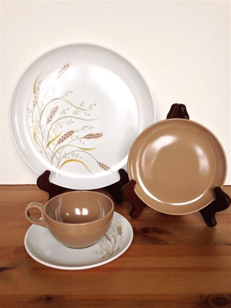 melmac dishes set of 3 melmac dinnerware vintage plastic place settings