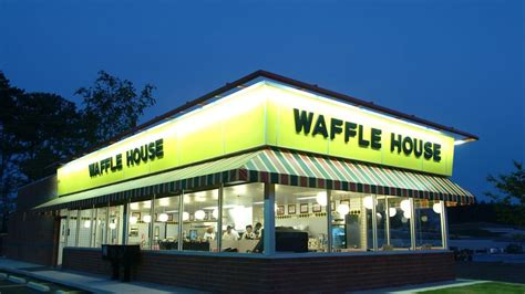 waffle house waffle house cook shoots and kills unruly customer eater