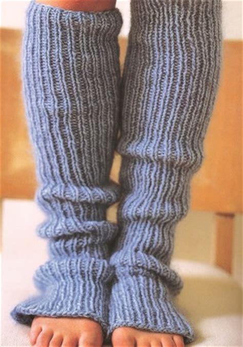 easy leg warmer knitting pattern lorna s laces shepherd worsted easy leg warmers kit