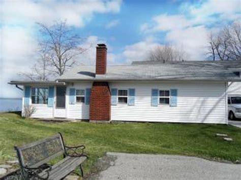 Cottage Rental Ohio by Ohio Cottage Johnson S Lakefront Cottage