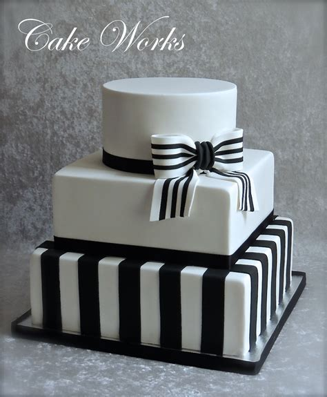 Wedding Cake Black And White Simple by Simple Black And White Wedding Cakecentral