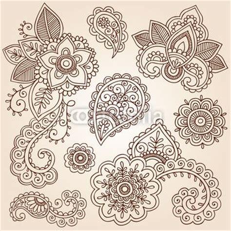 paisley doodle ideas wall mural henna paisley mandala doodles vector