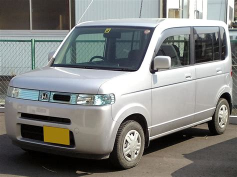 cube cars honda anyone else think that nissan cube is hideous car engine