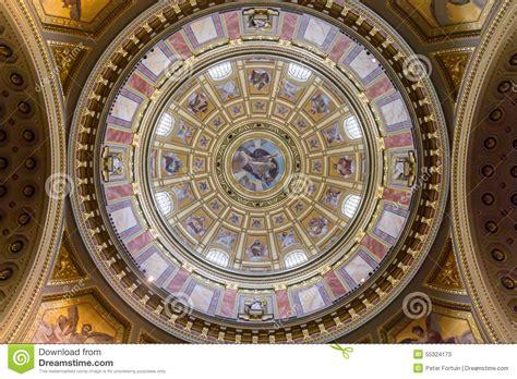 tetto a cupola cupola di arte tetto della basilica di santo stefano