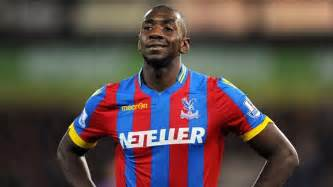 Palace s yannick bolasie had a bottle thrown at him v man united