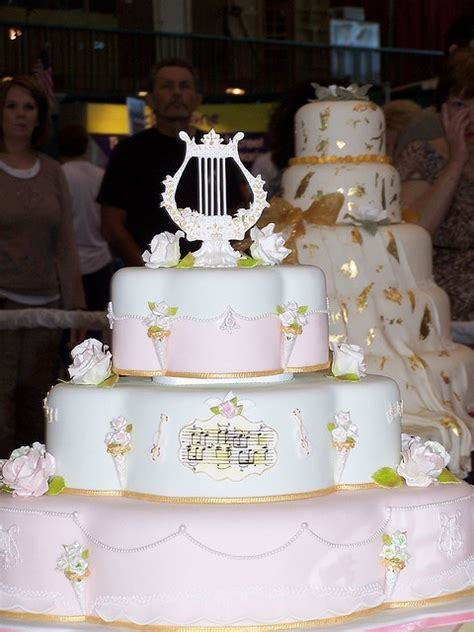 Wedding Cakes Tulsa by Wedding Cake Tulsa Cake Show By Ally Cake Designs Via