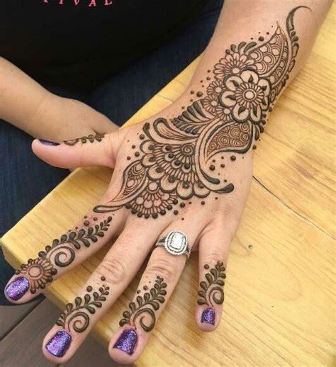 arabic tribal tattoos 1000 ideas about henna flowers on henna
