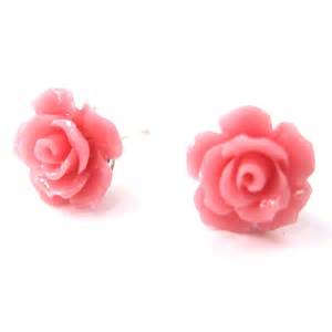 Small floral rose resin stud earrings in light pink on luulla