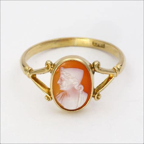 antique 18k gold cameo ring from suzylemay on ruby