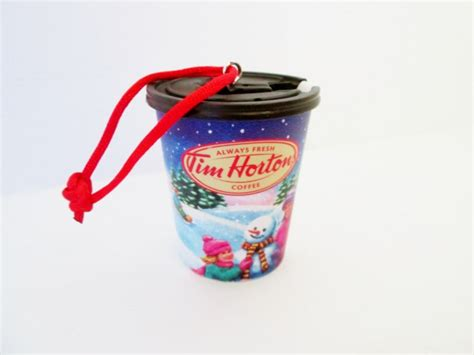 tim hortons 2013 coffee cup winter hockey scene christmas