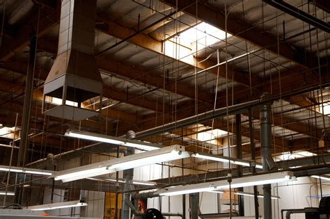 Lighting Fixtures by File Tgft30 Ceiling Of Industrial Factory Taylor Guitar