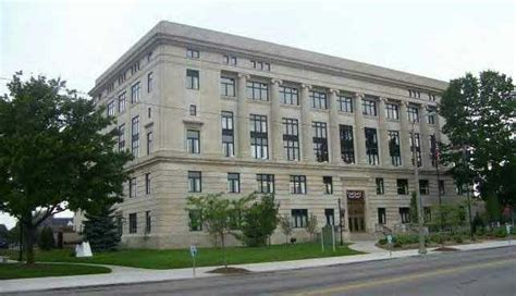 Michigan Court House by Flint Mi Flint S Restored Court House Downtown Photo Picture Image Michigan At City Data