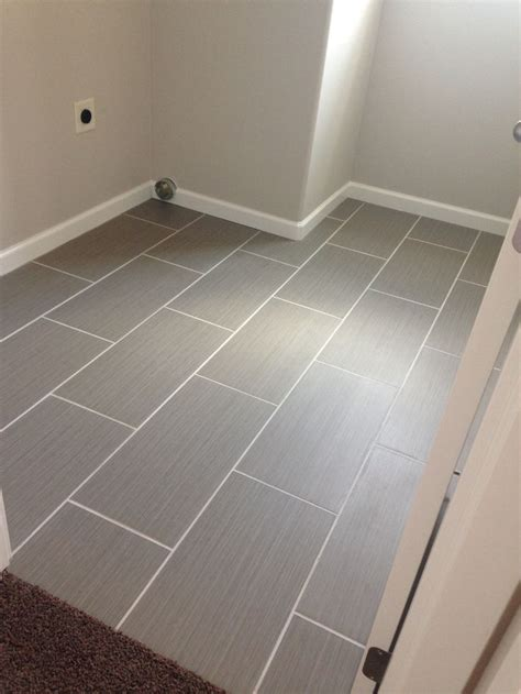 Gray Porcelain Tile Bathroom by 25 Best Gray Tile Floors Ideas On