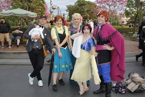 what is dapper day dapper day at disneyland caught frozen fever by twincess