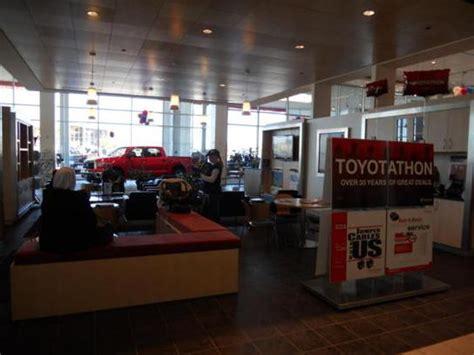 Toyota Of Dallas Collision Center Toyota Certified Service Center Dallas Fort Worth Auto
