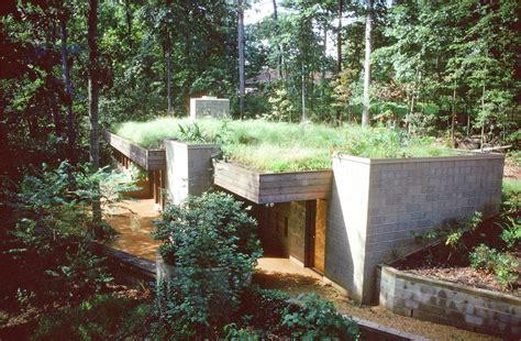 berm houses modern earth sheltered homes modern earth roof and berm