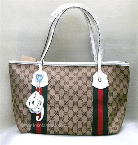Tas Ransel Parasut Lis Gucci Moschino Import foto gambar tas tas branded