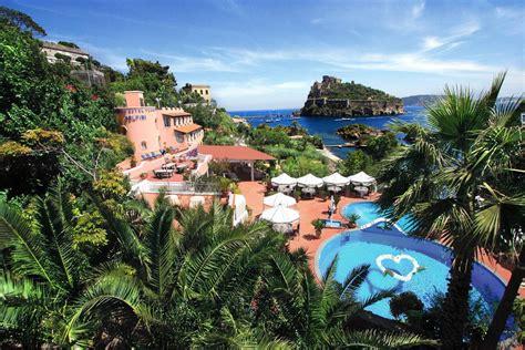 ischia porto hotel strandhotel delfini cartaromana ischia ponte