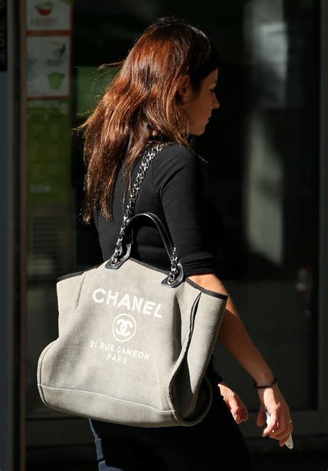 Queen Handbag by 50 More Photos That Prove Chanel Bags Are The Reigning