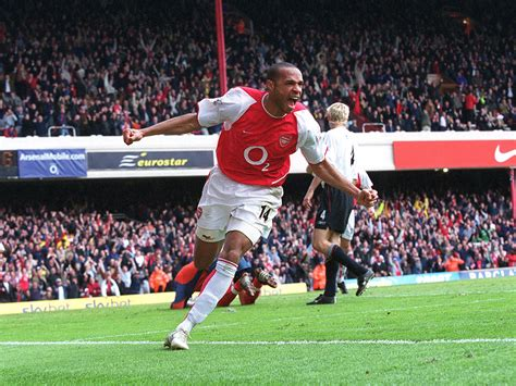 thierry henry best thierry henry wallpaper 2048x1536 65199
