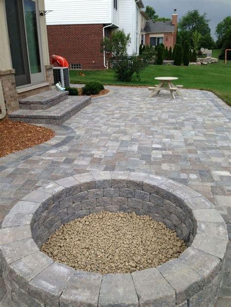 concrete patio pavers best 25 pavers patio ideas on backyard pavers