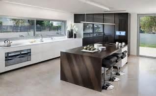 c kitchen designs baldų išdėstymas virtuvėje sala namų dizainas