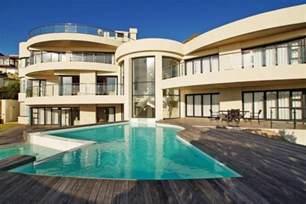 houses with 7 bedrooms luxury 7 bedroom house cape town llanduno