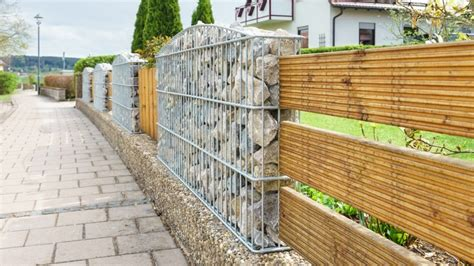 Fence Styles and Designs for Backyard Front Yard (IMAGES)