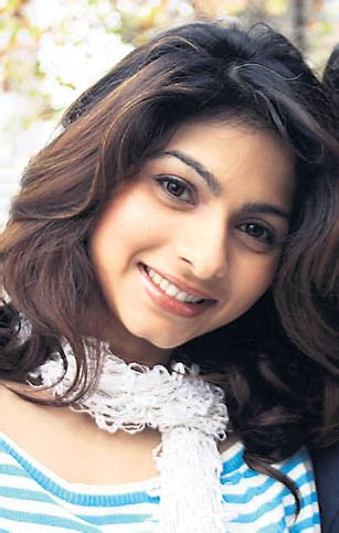 parveen babi biography in hindi language tamil cinema hindi actress tanisha profile