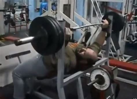 belly bench press belly bench press 28 images big belly guy bench press
