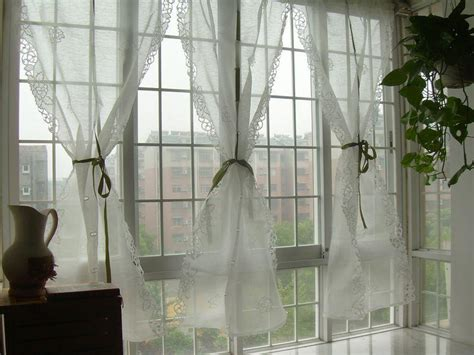 Tenda Cafe Second white embroidered floral balloon shade sheer voile