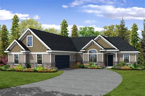 bedrm  sq ft transitional house plan