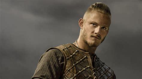 ragnar lodbrok sons season 3 hair vikings saison 4 les cinq personnages incontournables de