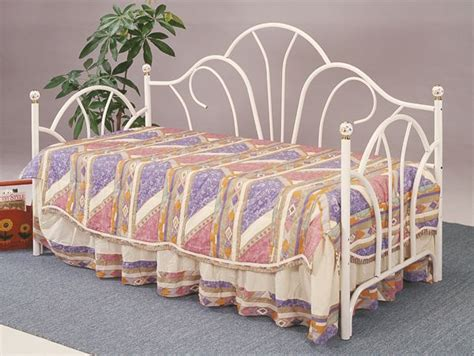 Bed Frames Columbus Ohio Daybed With Mattress In Movingoutsale S Garage Sale Columbus Oh