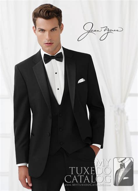 latest tuxedo styles 2014 wedding tuxedo trends for 2015 mytuxedocatalog com