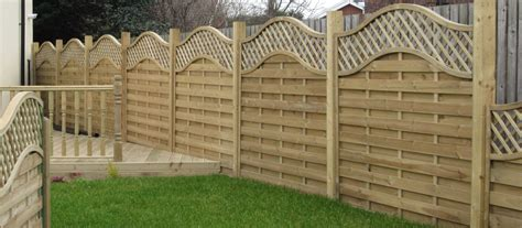 Garden Decorative Fence Panels by The Benefits Of Garden Fencing Panels Decorifusta