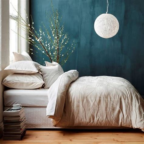 Teal Walls In Bedroom by 1000 Ideas About Teal Wall Decor On Teal