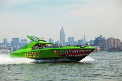 round manhattan boat trip 5 great manhattan boat tours for tourists