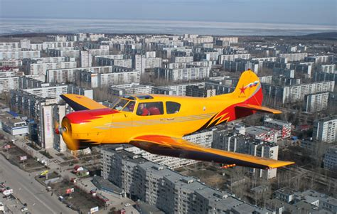 yakovlev yak 18t low over ulyanovsk russia