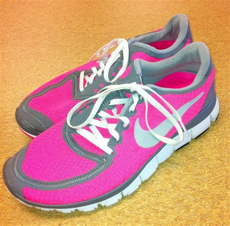 neon athletic shoes nike neon pink athletic shoes clothes mentor purses