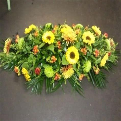 Sprei Sun Flower coffin spray sunflowers funeral flowers verwood