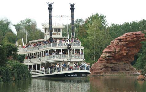 disneyland paris boat ride transport ride idea boat
