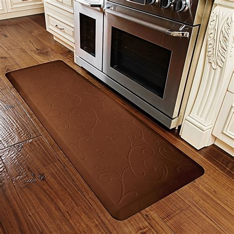 anti fatigue mat kitchen wellnessmats anti fatigue kitchen mat 6x2 save 37