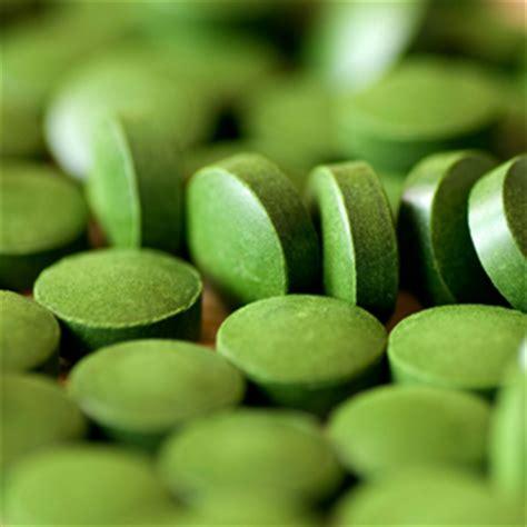 Chlorella Detox Effects by Spirulina In A Toxic World