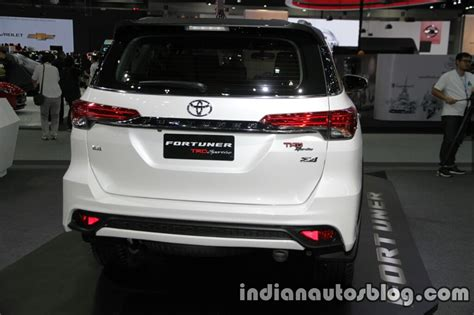 Grill Fortuner Vrz 2016 Trd 2016 toyota fortuner trd sportivo rear at the 2016 thai motor expo indian autos